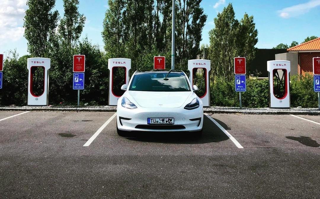 HEPA-фильтр Tesla Model 3 упоминается в обновлении немецкого лизинга