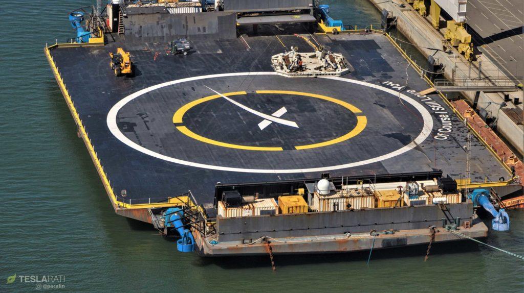 Корабль-дрон SpaceX направляется на Багамы для следующего полярного запуска Falcon 9