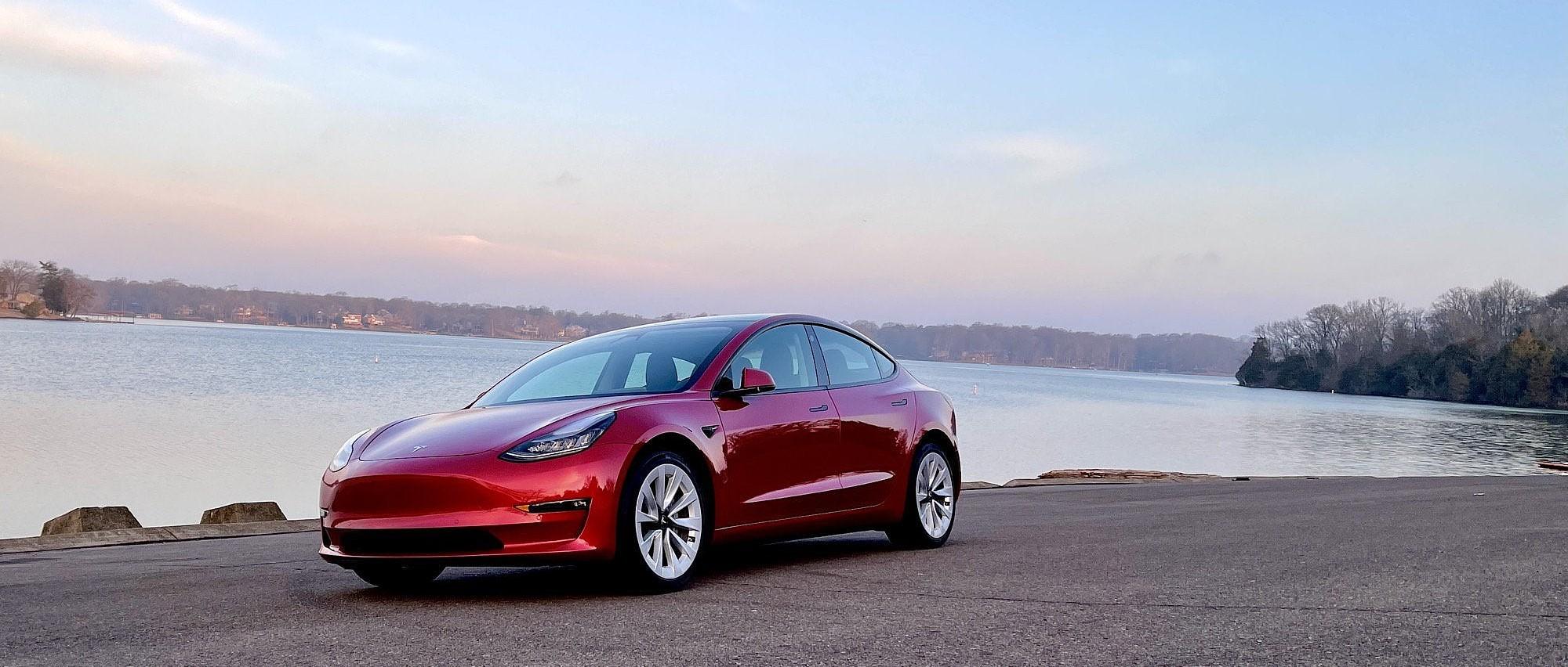 Tesla будет доминировать в 2021 году, но будут определены другие победители и проигравшие в электромобилях
