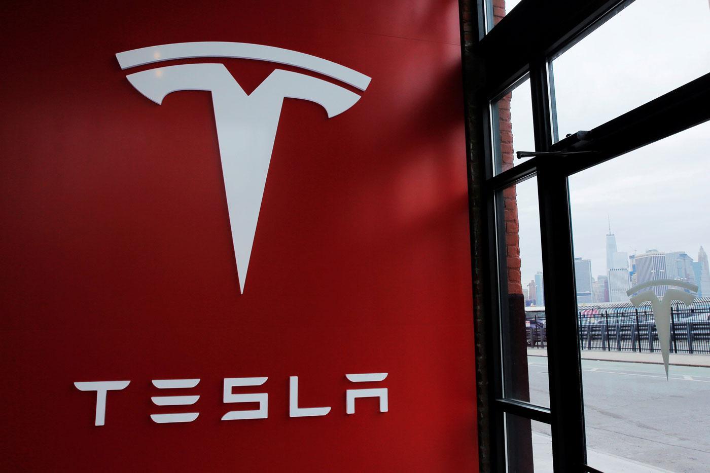 Tesla и другие автопроизводители электромобилей могут получить прирост инвестиций на $ 1,5 млрд благодаря новому плану стимулирования экономики ЦА
