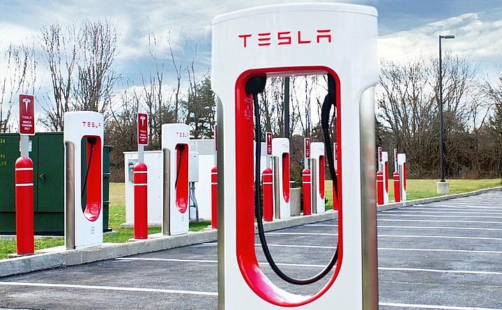 Tesla Supercharger Network позволяет владельцу Model 3 путешествовать из Нью-Йорка в Флорида менее чем за 70 долларов