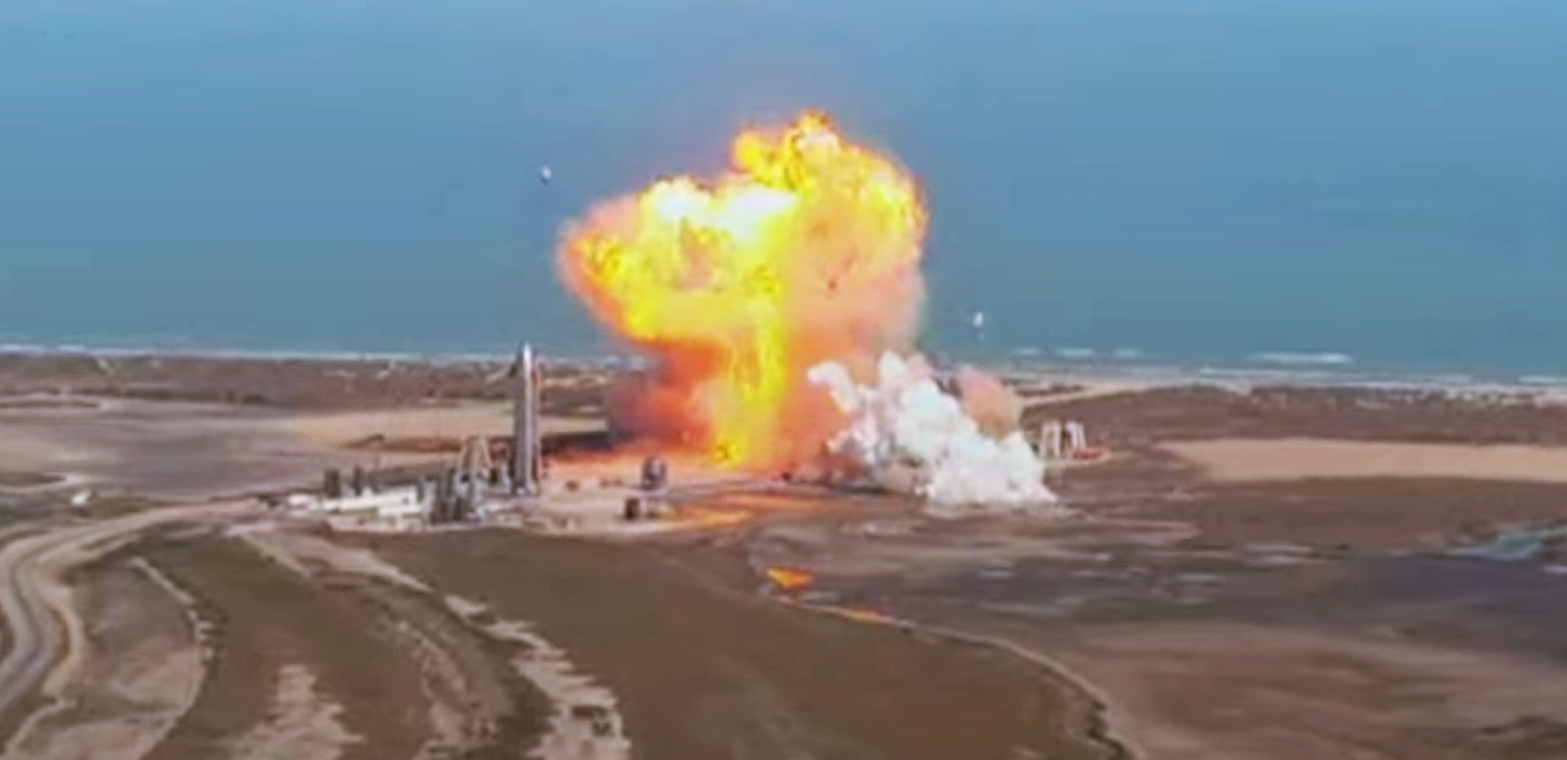 Прототип SpaceX Starship прошел тестовый полет, но снова взорвался