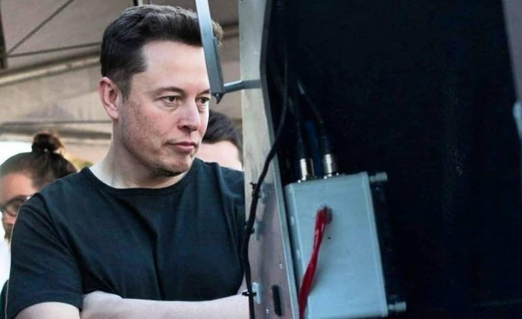 Илон Маск из Tesla следит за появлением «зеленых миллиардеров»