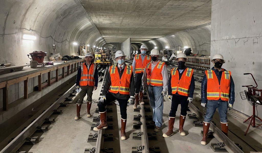 Посещение скучной компании вдохновляет мэра Форт-Лодердейла на изучение туннелей для уменьшения пробок