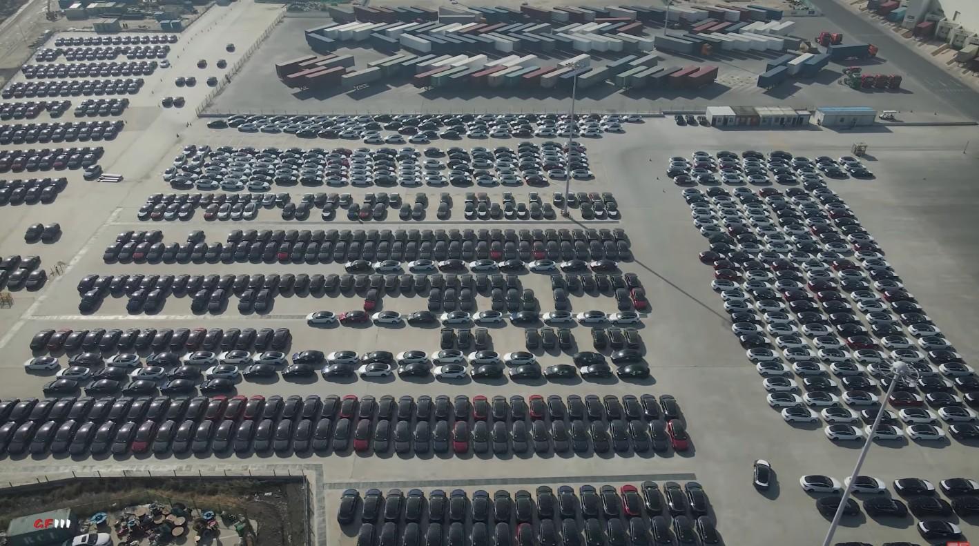 """В январе Tesla China продала на местном рынке 15 484 автомобиля - и нет, это не из-за """"обрыва спроса""""."""