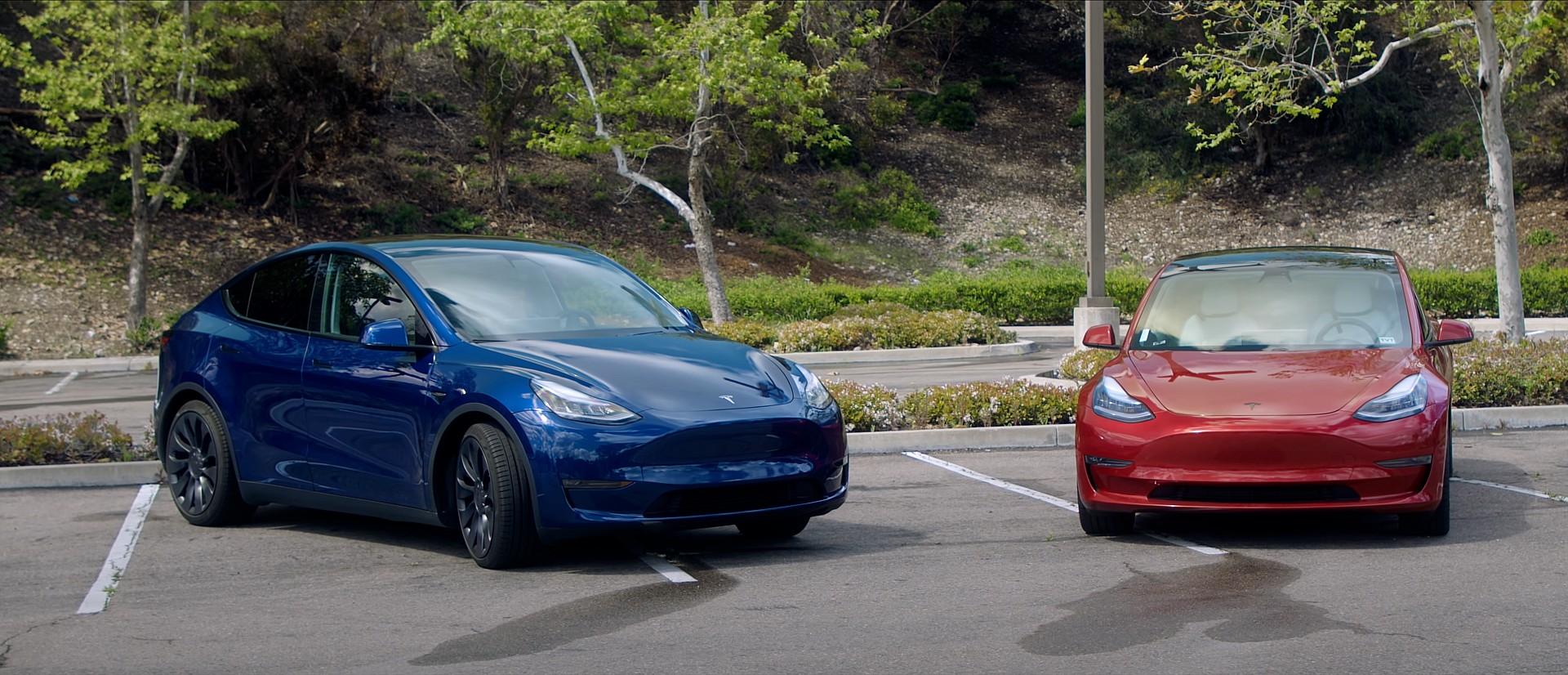 Tesla Model 3 и Model Y занимают два из трех ведущих мировых мест продаж электромобилей