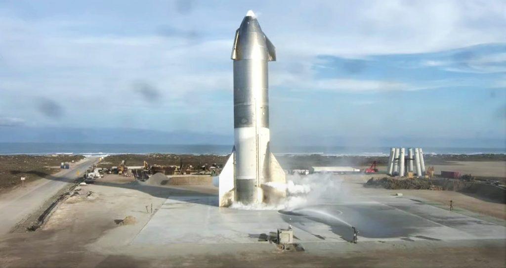 Ракета SpaceX Starship впервые приземлилась и взорвалась через несколько минут