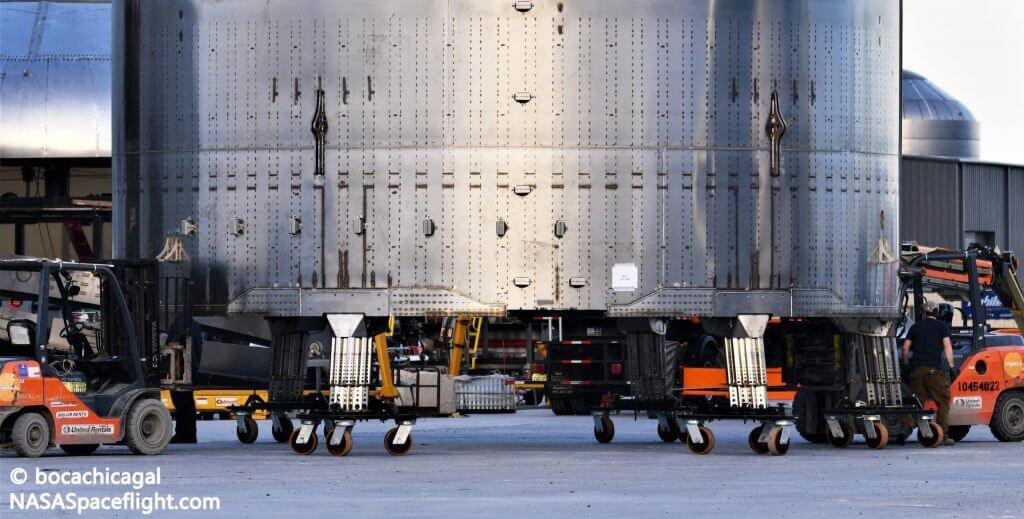 Обновления посадочной опоры SpaceX Starship, представленные в новых рендерах фанатов