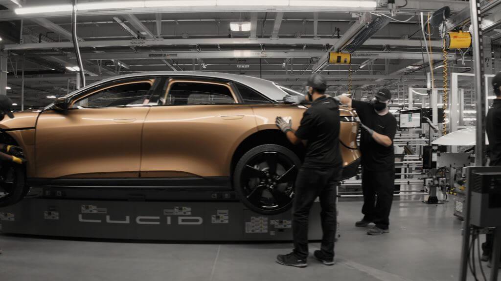 Lucid Motors взяла на себя обязательство построить завод электромобилей в Саудовской Аравии: отчет
