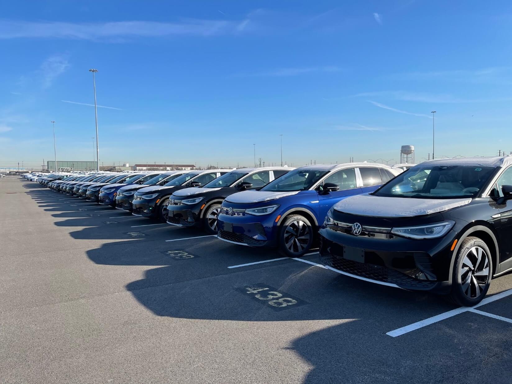 Volkswagen ID.4 выходит в США, владельцы бронирований сообщают о первых поставках
