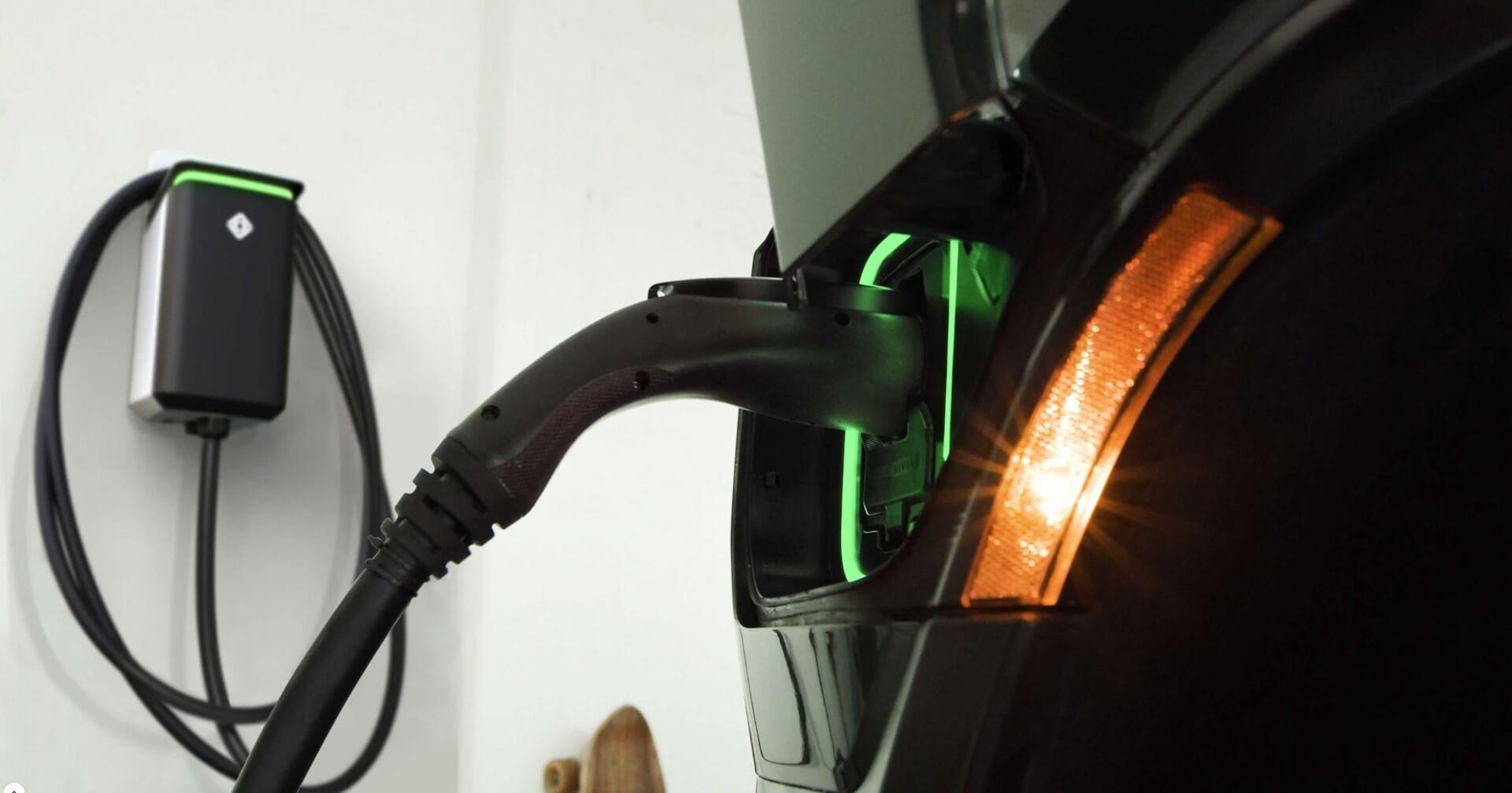 3500 быстрых зарядных устройств, 600 площадок к 2023 году