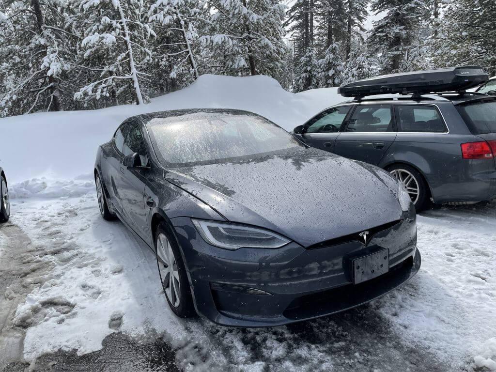 Tesla Model S Refresh приземлилась на озере Тахо для дальнейших зимних испытаний