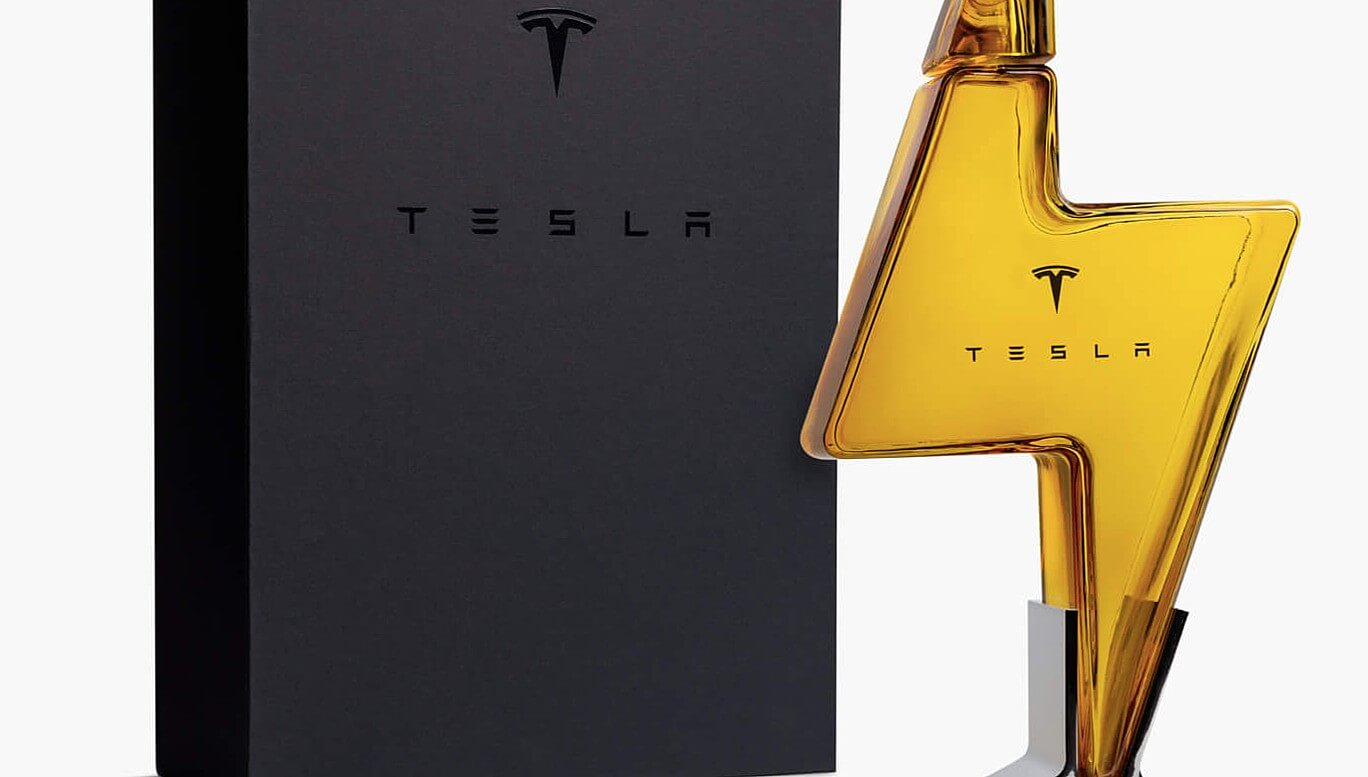 Графин в форме молнии в стиле Tesla Tequila запускается в Европе и Китае
