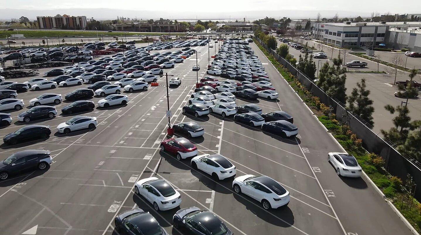 Блиц производства и доставки Tesla на конец квартала проходит в режиме Plaid Mode