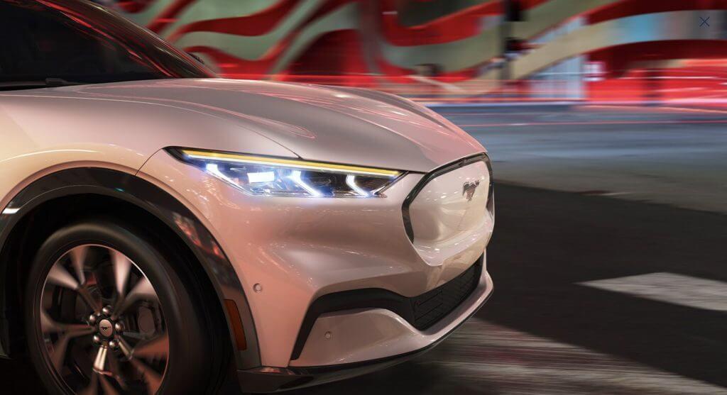 Ford выдает быстрый отзыв из-за проблем с болтами Mustang Mach-E