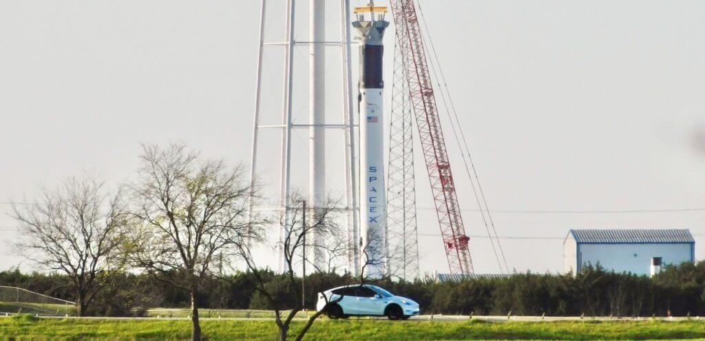 SpaceX запускает испытания ракеты-носителя Falcon 9 и Falcon Heavy в Центральном Техасе