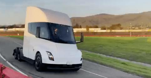 Tesla демонстрирует обновленную полуавтоматическую версию в новом видео - клуб Tesla Motors
