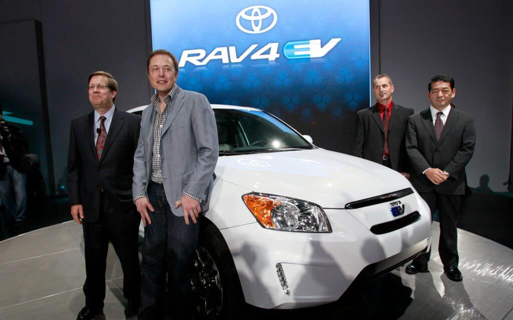 Tesla и Toyota пересматривают старое партнерство для разработки новых электромобилей: отчет