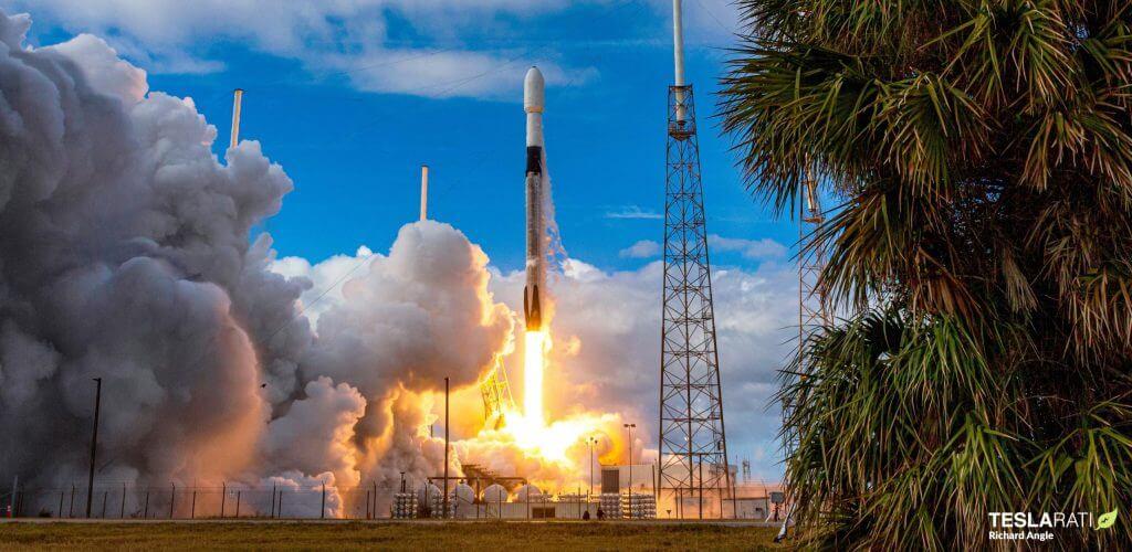 SpaceX готовится к десятому запуску Falcon 9 за три месяца [webcast]