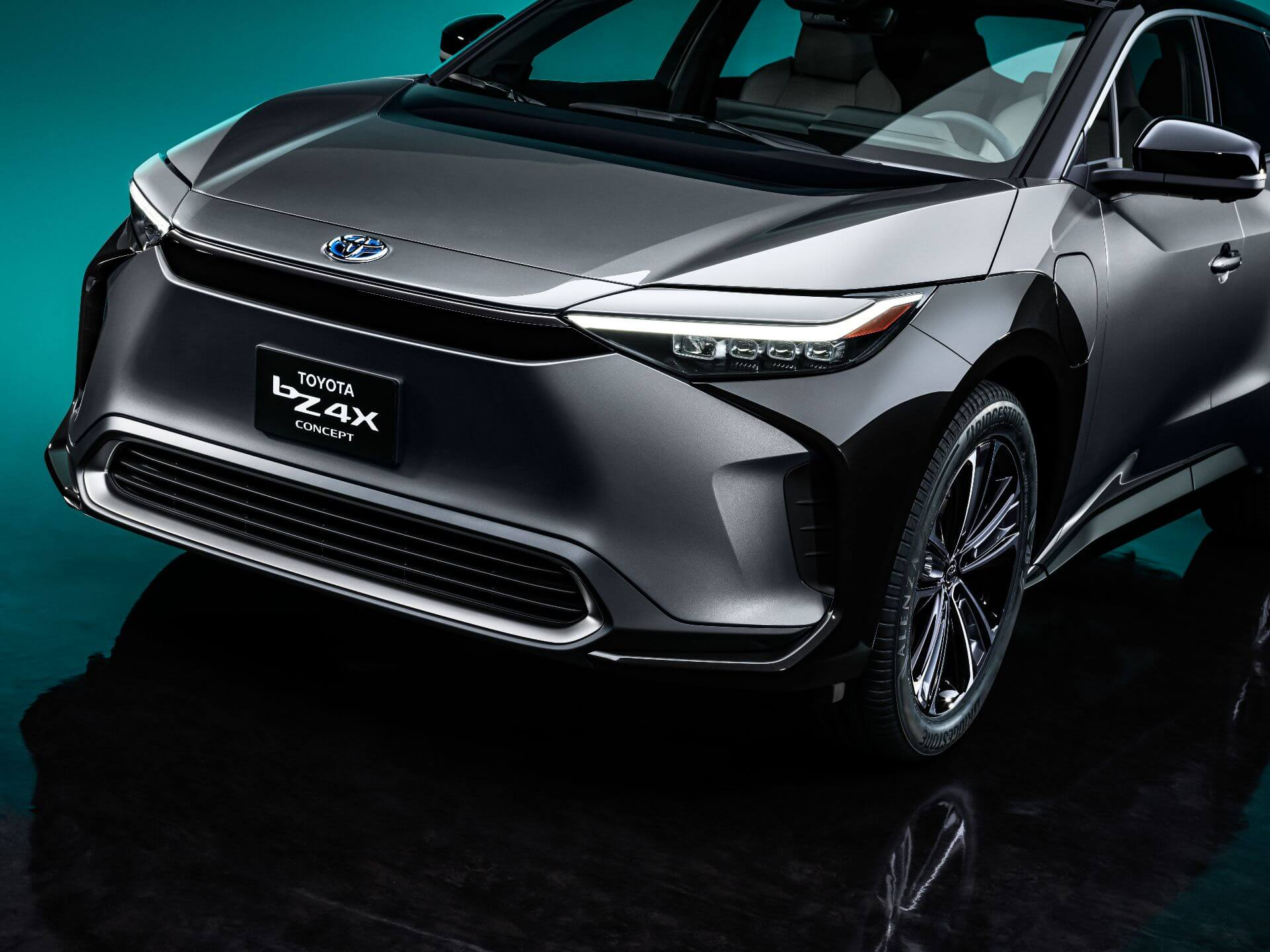 Toyota представила концепт внедорожника bZ4X, представив линейку из 15 электромобилей