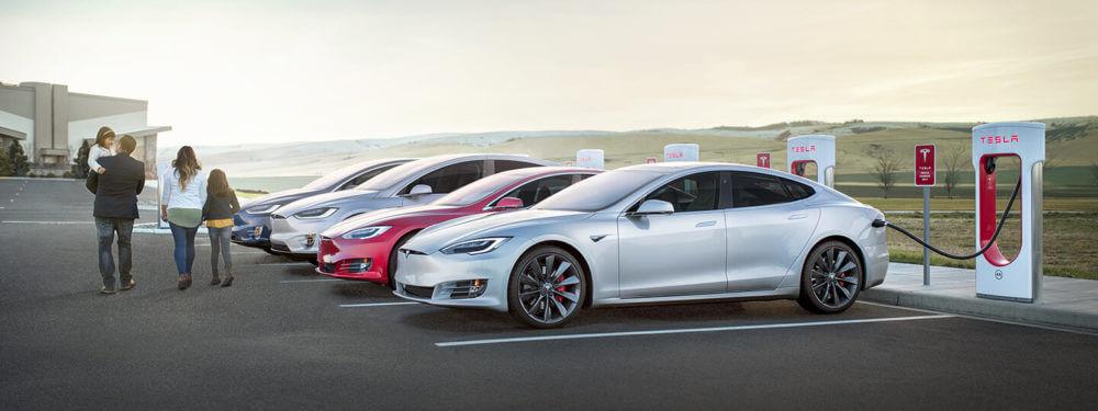 Маск дразнит станцию наддува Санта-Моники в стиле 50-х - Tesla Motors Club
