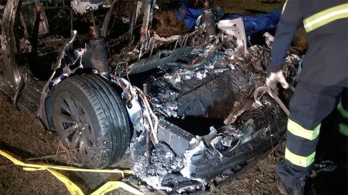 Новые подробности о фатальной катастрофе Tesla в Техасе раскрыты в отчете Fire Marshal