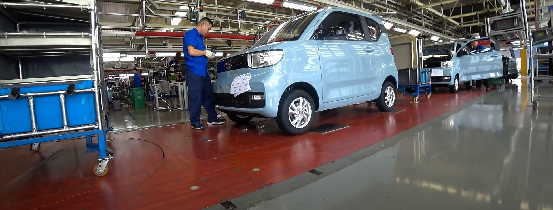 подробный обзор Wuling HongGuang Mini EV за 4200 долларов
