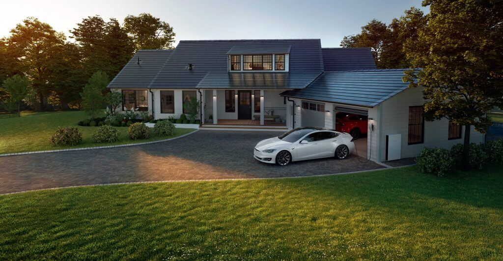 Солнечная крыша и солнечные панели Tesla будут продаваться исключительно с батареями Powerwall