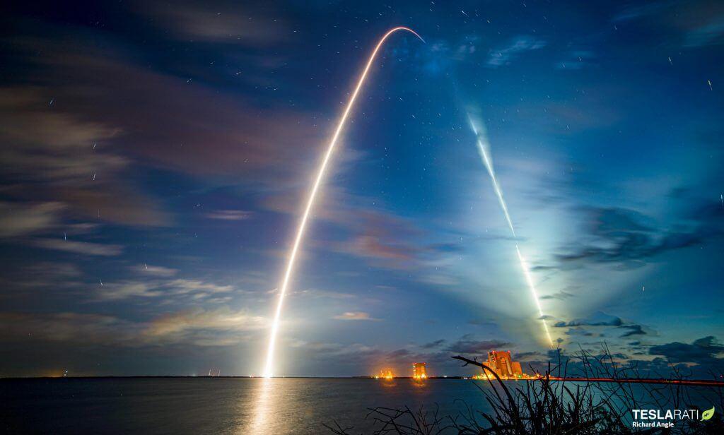 SpaceX впервые запускает в космос астронавтов на испытанной в полете ракете и капсуле