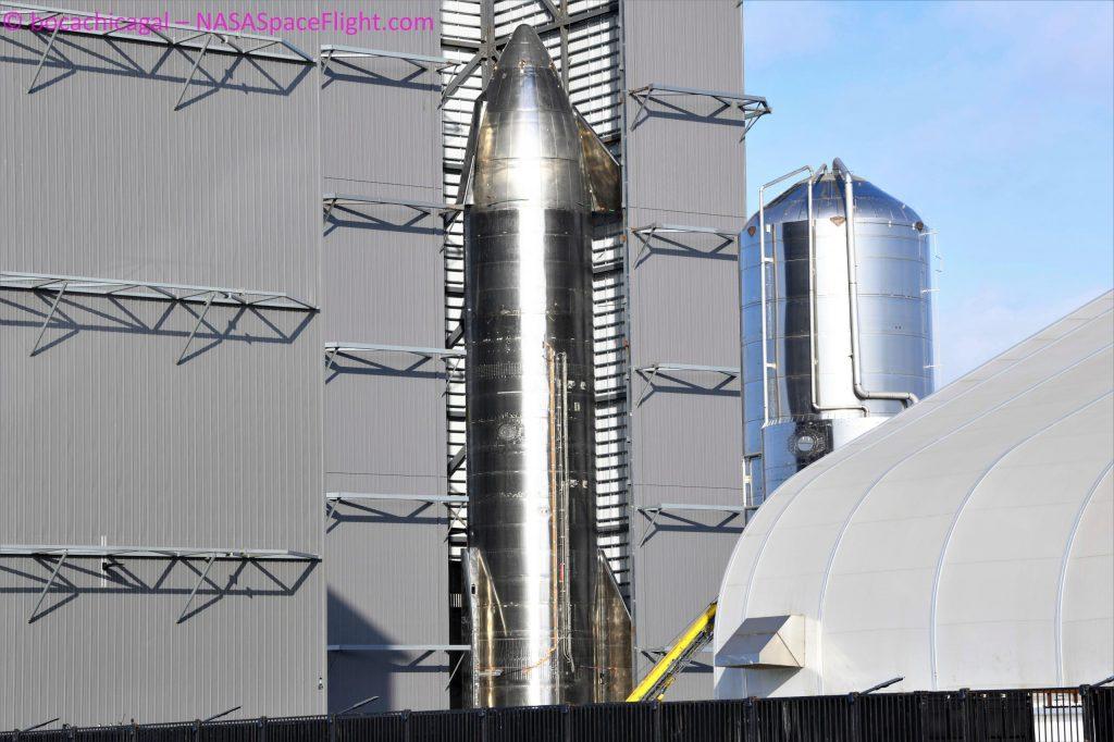 SpaceX начинает сборку первого сверхтяжелого ускорителя орбитального класса Starship