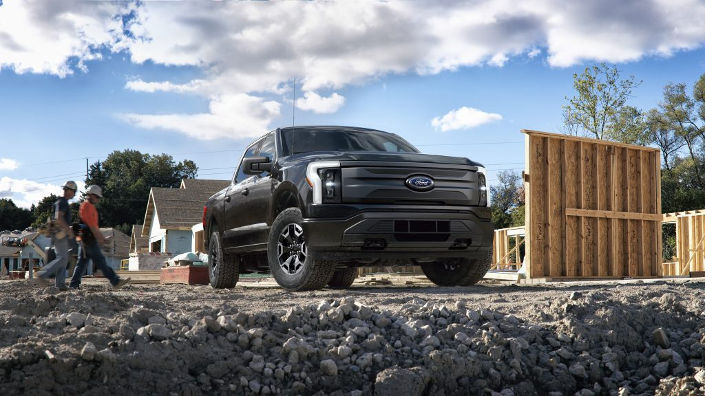 Ford раскрывает спецификации F-150 Lightning Pro: цена, ассортимент и характеристики