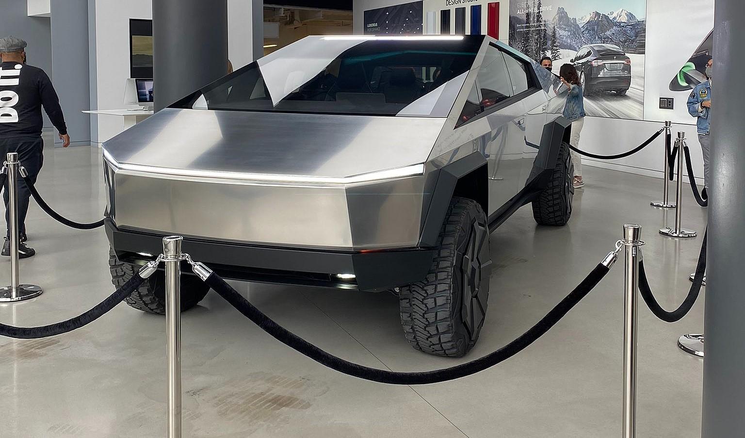 Пик бронирований Tesla Cybertruck - более 1 миллиона единиц, самый популярный - двухмоторный