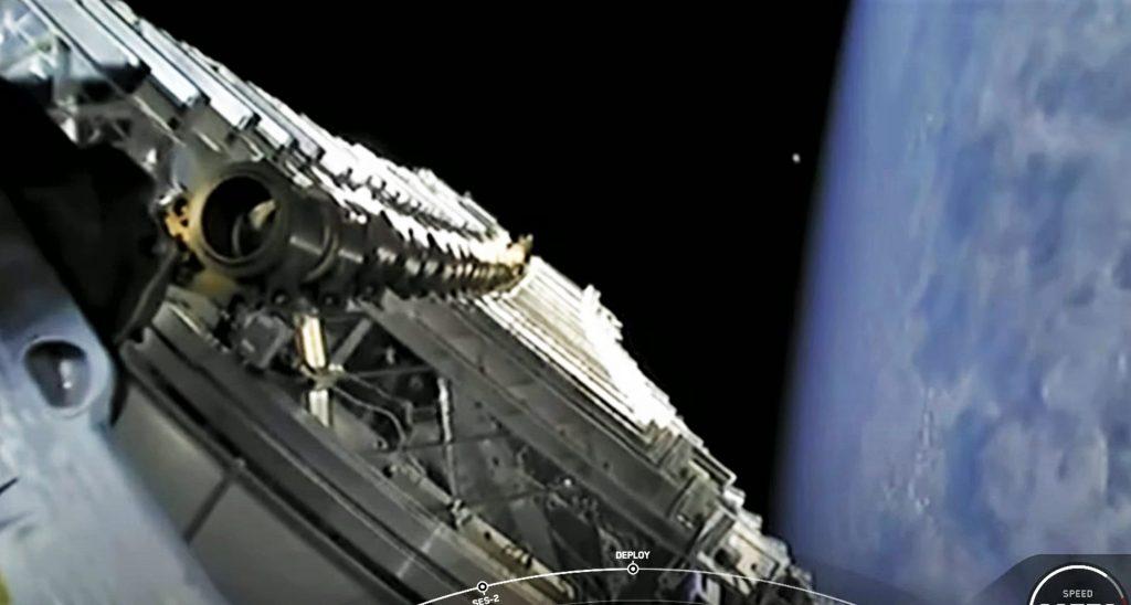 ViaSat просит FCC остановить запуск SpaceX Starlink, потому что он не может конкурировать