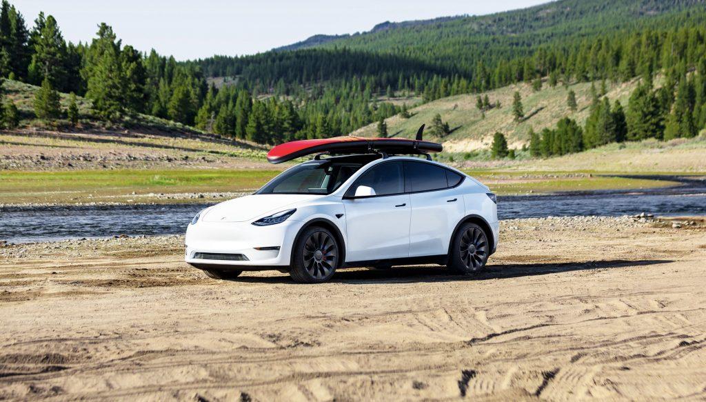 Автопилот Tesla Pure Vision запускается в Северной Америке