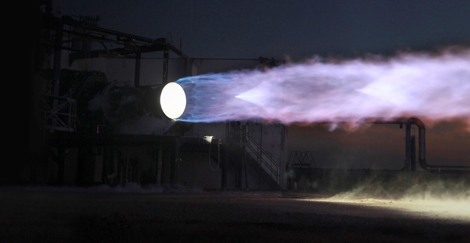 Двигатель SpaceX Starship завершил статические огневые испытания на орбите в Техасе