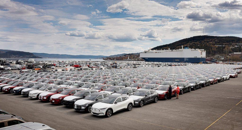 Ford Mustang Mach-E: апрельские продажи: последствия продолжающейся нехватки микросхем