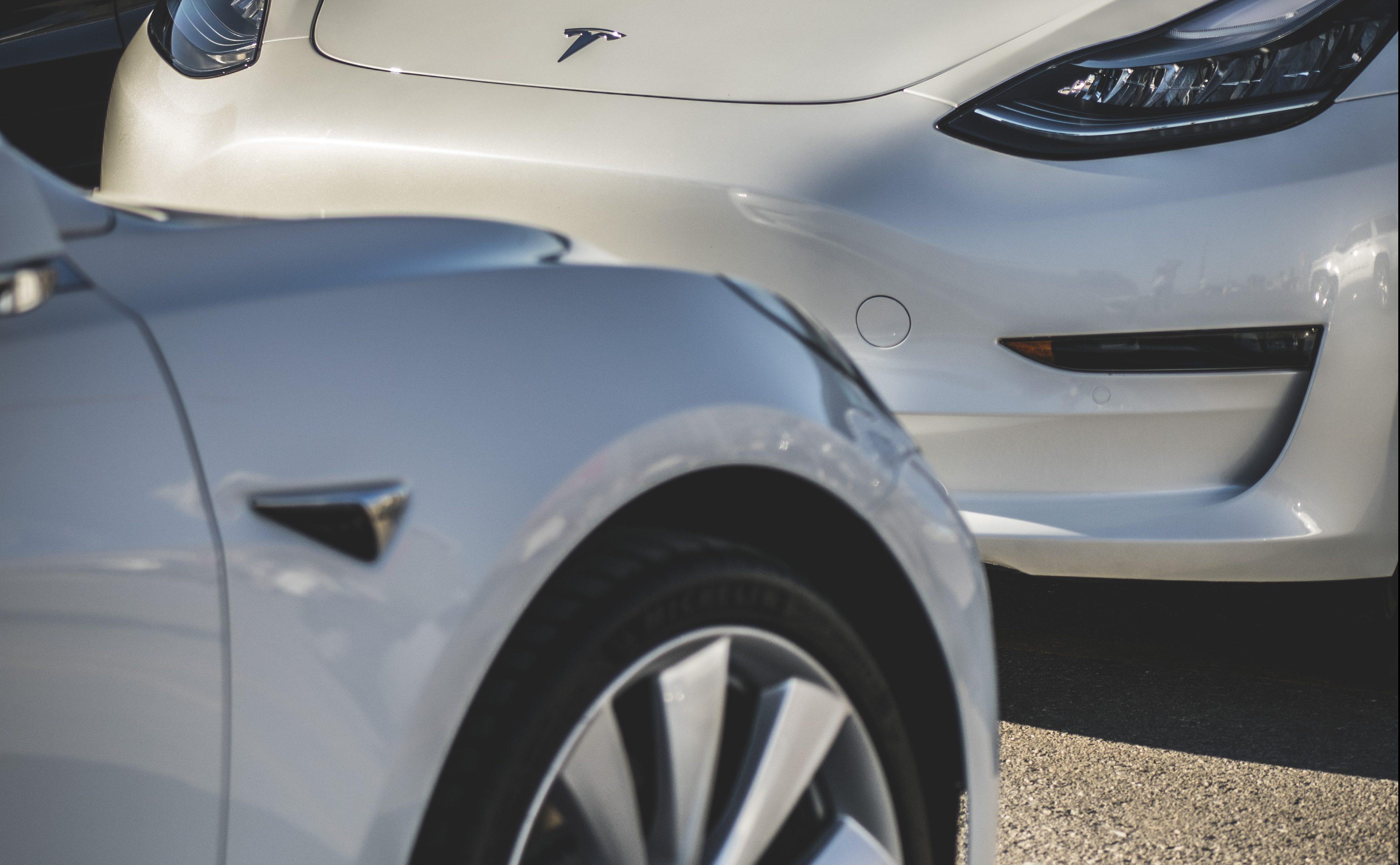 Tesla Model 3, Model Y, построенная в мае 2021 года, больше не будет оснащаться радаром