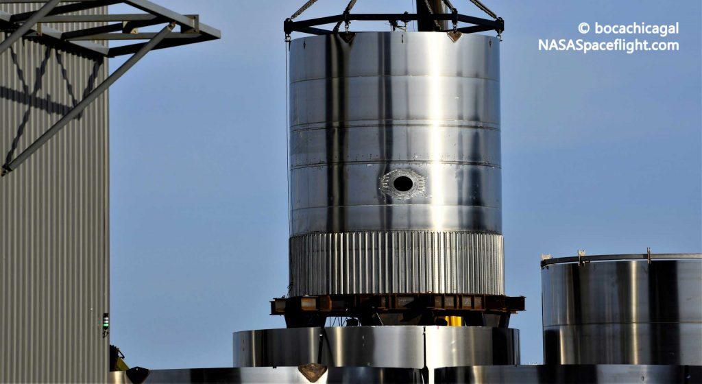Первый сверхтяжелый испытательный танк SpaceX почти готов к выходу в прайм-тайм