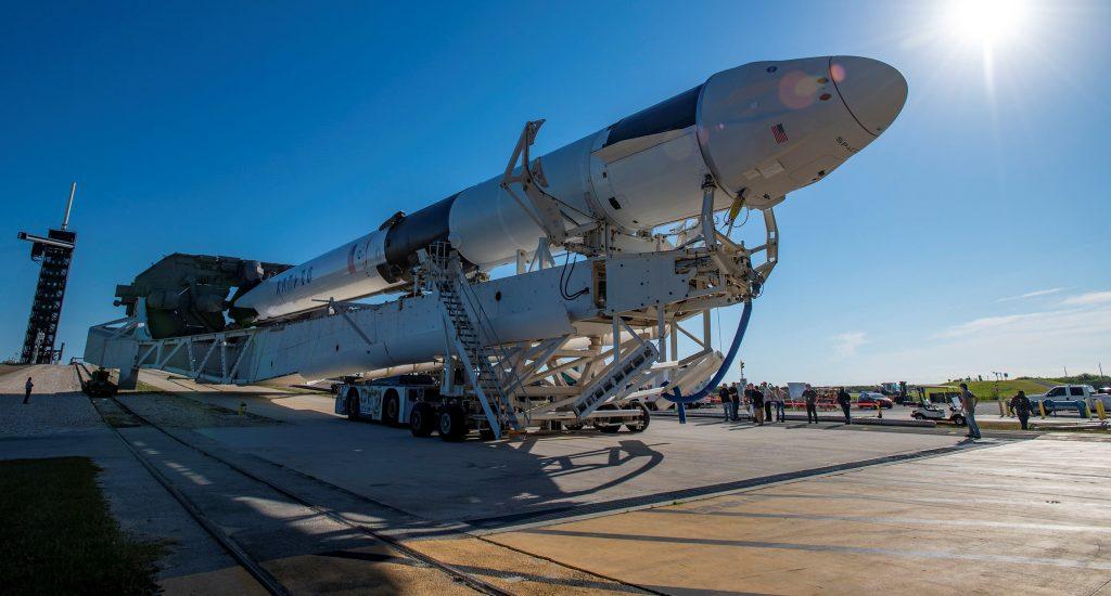 Второй модернизированный Dragon от SpaceX запускает на МКС новые солнечные батареи