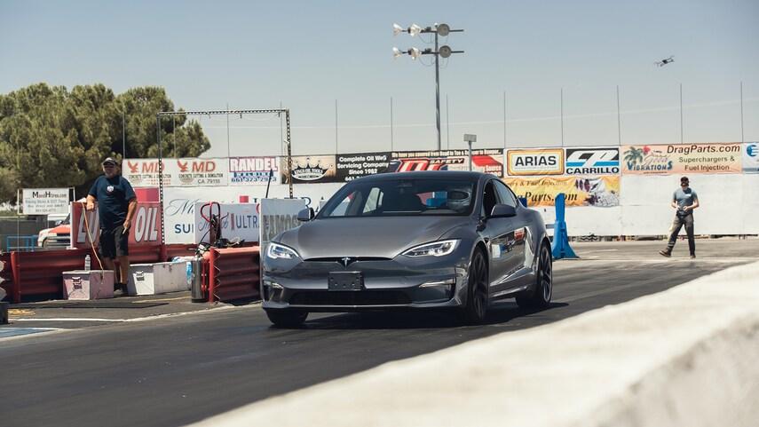 Tesla Model S Plaid на самом деле быстрее, чем указано время разгона до 100 км / ч за 1,99 секунды: отчет