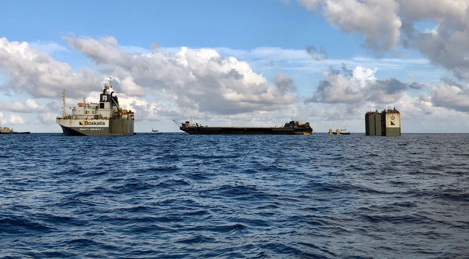 Дрон SpaceX проедет на транспортном судне через Панамский канал