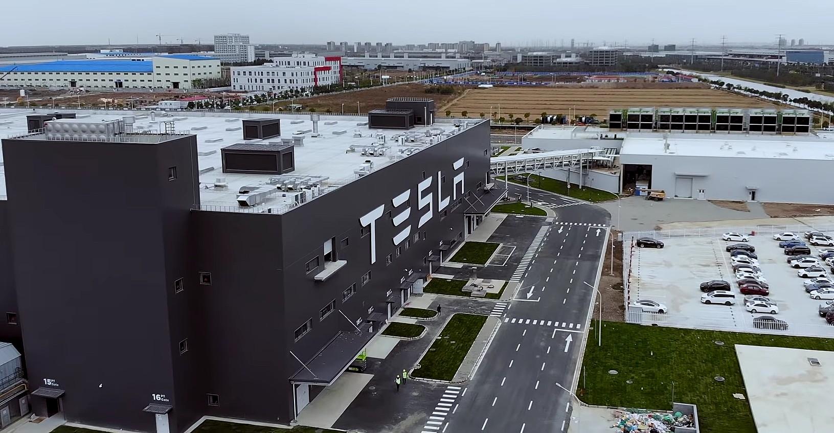 Компания CATL, китайский поставщик аккумуляторов для Tesla, планирует построить новый завод недалеко от Giga Shanghai
