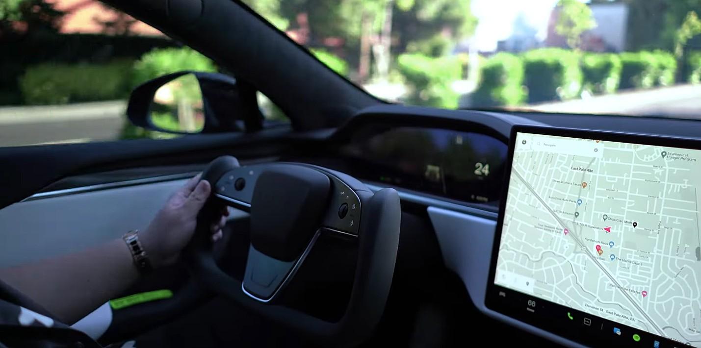 Система управления ярмом Tesla и функция автоматического переключения передач протестированы в реальных условиях.