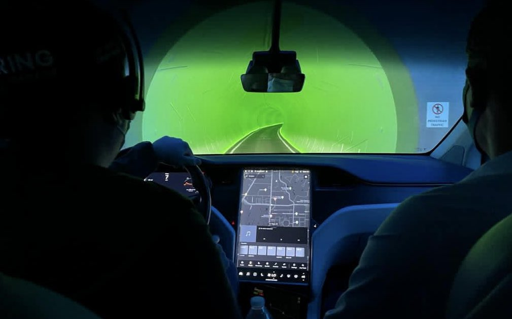 Петля в аэропорту Онтарио компании Boring Company в Сан-Бернардино теперь представляет собой систему с двумя туннелями.