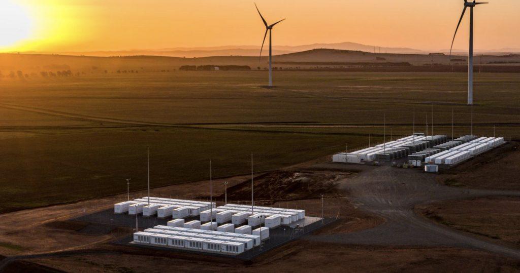 Tesla Energy выступает против производителей угля и газа в Австралии