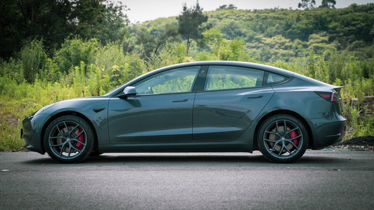 Tesla сохраняет темпы продаж в Китае: в июне было продано 33155 Model 3 и Model Y